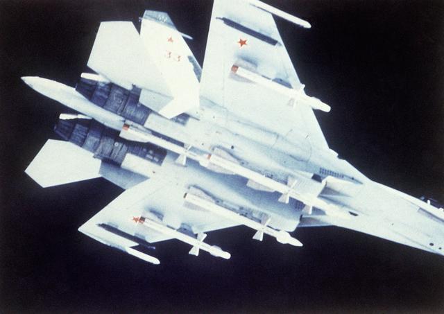 موسوعة الطائرات الروسية Su-27-DDST8809324_JPG