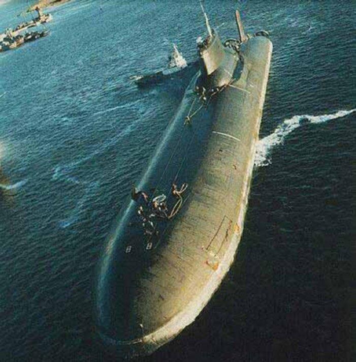 Самая революционна Подводная лодка.  Проект 705 - Лира Подводные лодки...