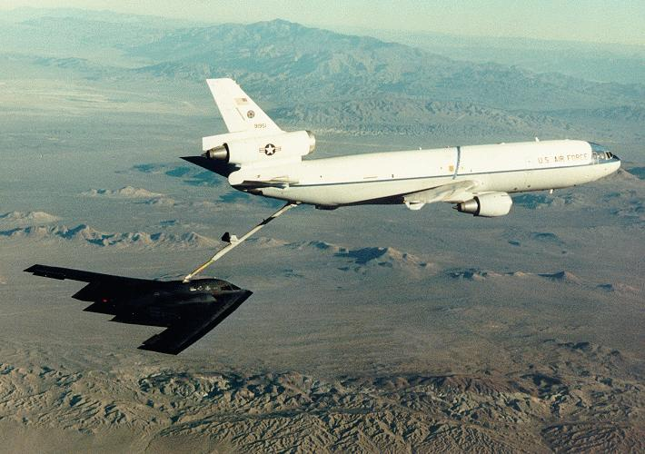 المقنبلة الاستراتيجية B-2 Spirit B-2_17